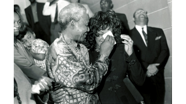 021312-video-whitney-houston-obit-nelson-mandela