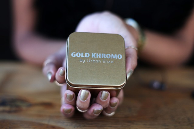 Gold Khromo Earphones by Urban Enzo